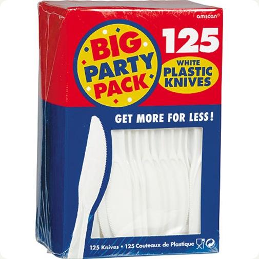 plastic knifes