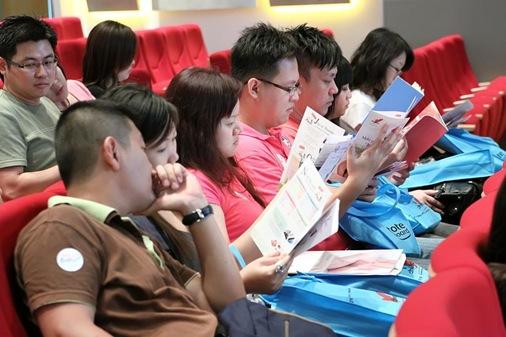 Reading ILC Bus brochure